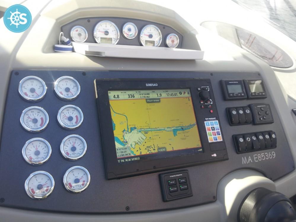 Bootverhuur Bénéteau Flyer Gran Turismo 38 in Sausset-les-Pins via SamBoat