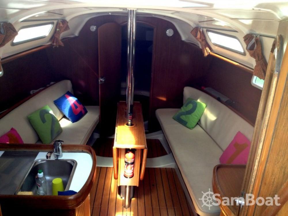 Bootverhuur Lorient goedkoop Oceanis 311 DL