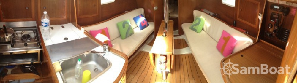 Jachthuur in Lorient - Bénéteau Oceanis 311 DL via SamBoat