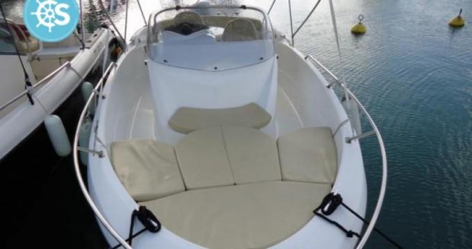 Motorboot te huur in Pointe-à-Pitre voor de beste prijs