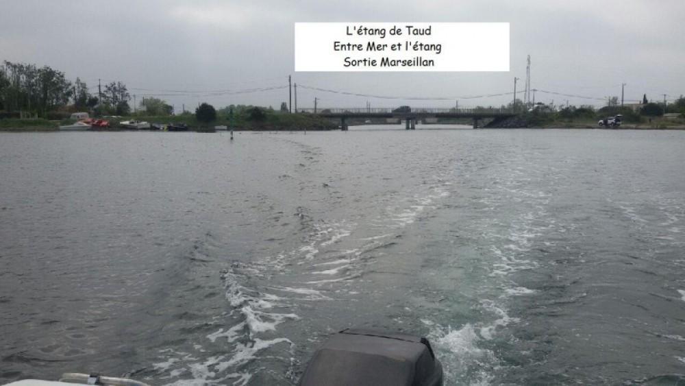 Verhuur Motorboot in Virignin - Jeanneau Leader 550