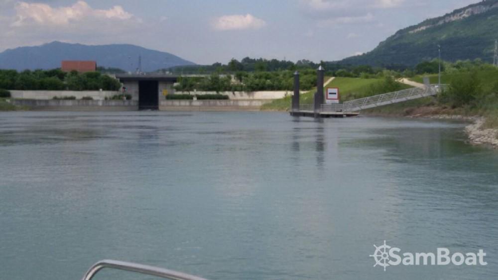 Bootverhuur Jeanneau Leader 550 in Virignin via SamBoat