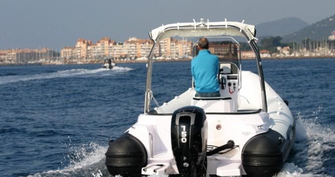 Bootverhuur Italboats Predator 650 in Hyères via SamBoat