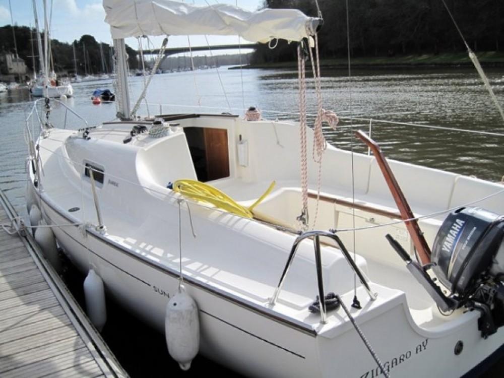 Jachthuur in La Trinité-sur-Mer - Jeanneau Sun 2500 via SamBoat