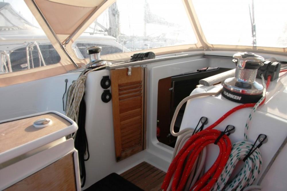Bootverhuur Bénéteau Oceanis 40 in La Ciotat via SamBoat