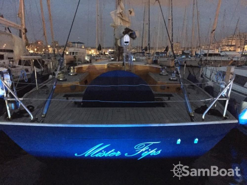 Huur een H2O Yachts Mister Fip's in Marseille