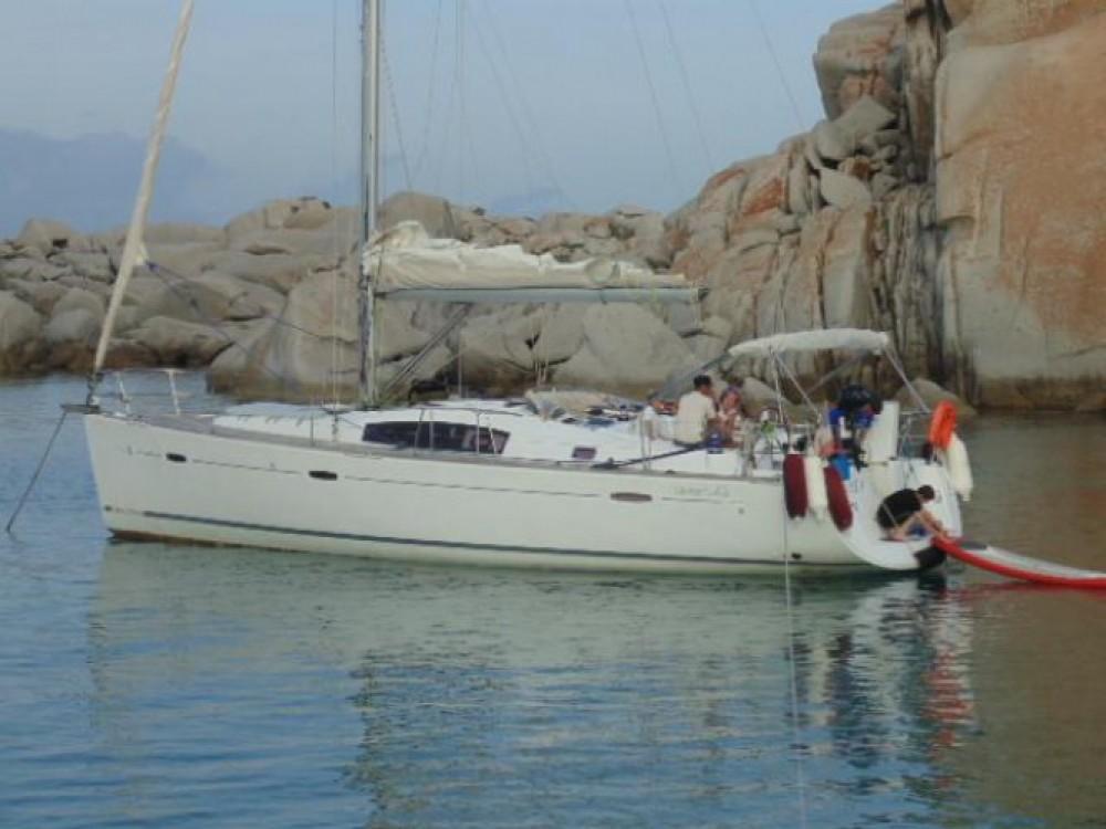 Bénéteau Oceanis 43 te huur van particulier of professional in Ajaccio