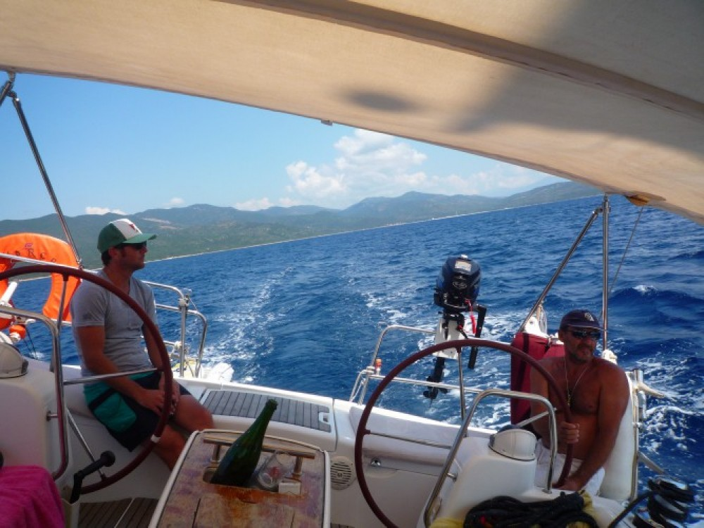 Jachthuur in Ajaccio - Bénéteau Oceanis 43 via SamBoat