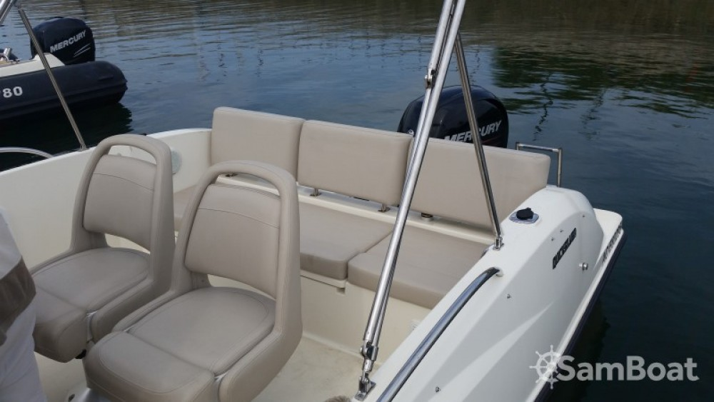 Verhuur Motorboot in Parentis-en-Born - Quicksilver Activ 675 Open