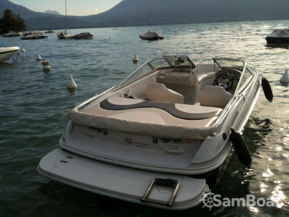 Huur Motorboot met of zonder schipper Glastron in Annecy