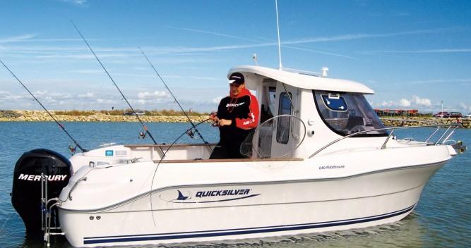 Motorboot te huur in Lorient voor de beste prijs