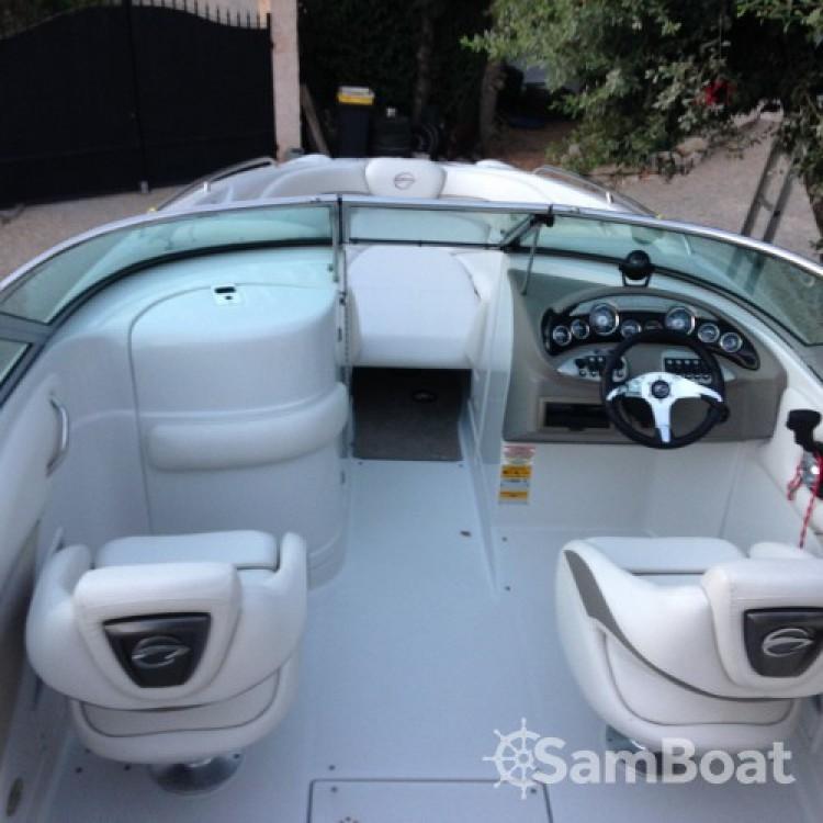 Verhuur Motorboot Crownline met vaarbewijs