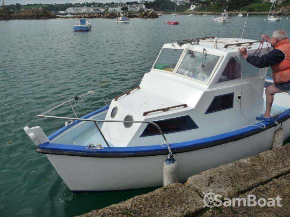 Motorboot te huur in Plougasnou voor de beste prijs