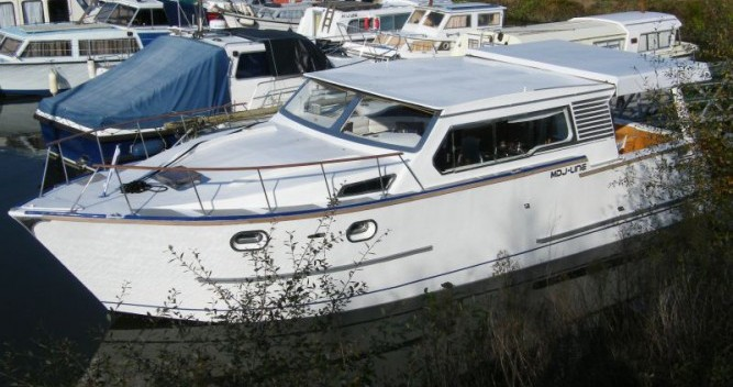 Huur een Tuckermann Houseboat in Messac