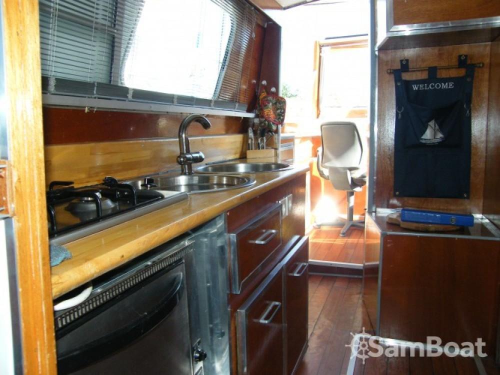 Tuckermann Houseboat te huur van particulier of professional in