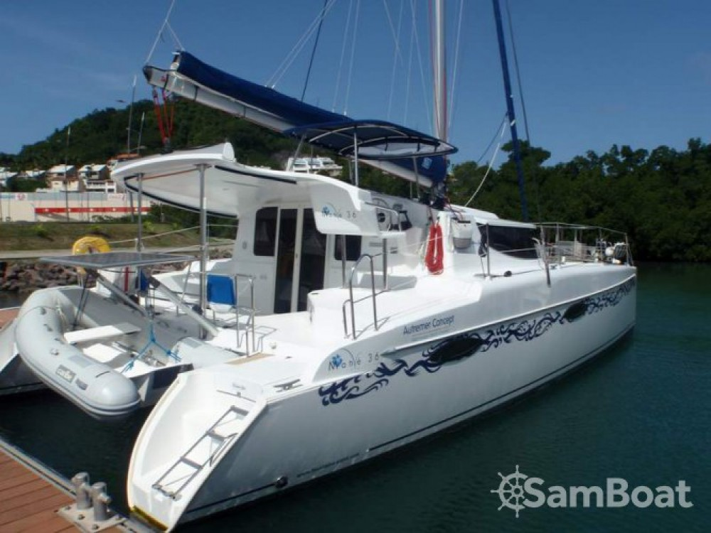 Fountaine Pajot Mahe 36 Evolution te huur van particulier of professional in Martinique
