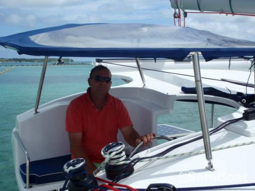Huur een Fountaine Pajot Mahe 36 Evolution in Martinique