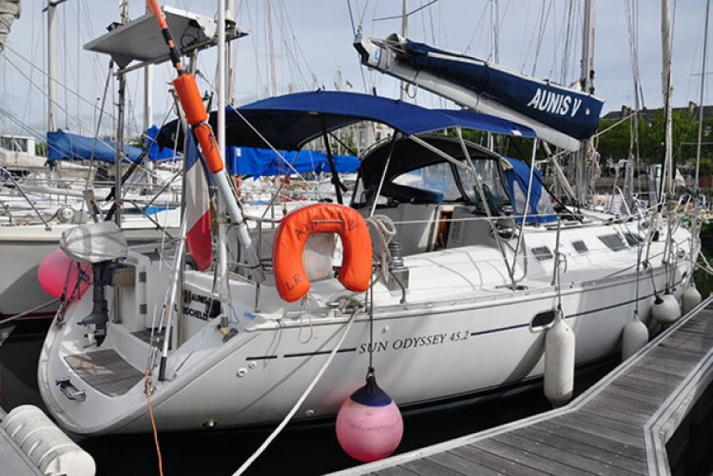 Bootverhuur Jeanneau Sun Odyssey 45.2 in La Rochelle via SamBoat