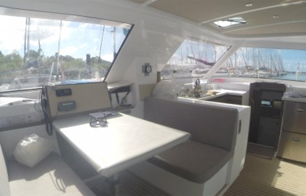 Nautitech Open 40 te huur van particulier of professional in Martinique