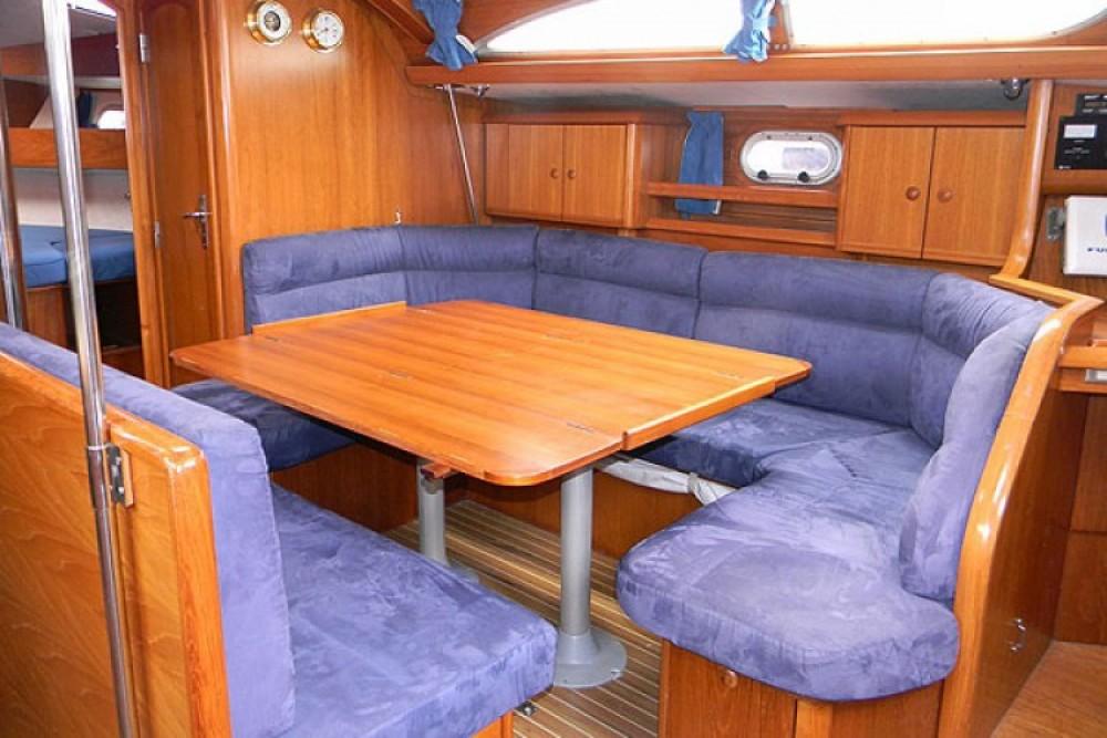 Verhuur Zeilboot in La Rochelle - Jeanneau Sun Odyssey 45.2
