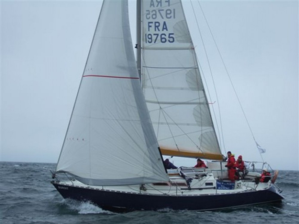 Jachthuur in  - Bénéteau First 345 via SamBoat