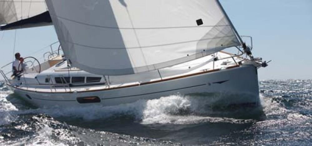 Bootverhuur Jeanneau Sun Odyssey 44i in Tréauville via SamBoat