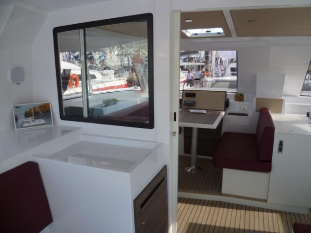 Bootverhuur Nautitech Nautitech Open 40 in Le Marin via SamBoat
