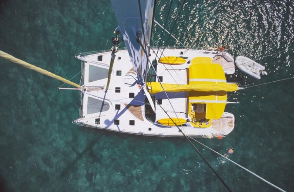 Huur een Alliaura-Marine Privilege 585 in Ajaccio