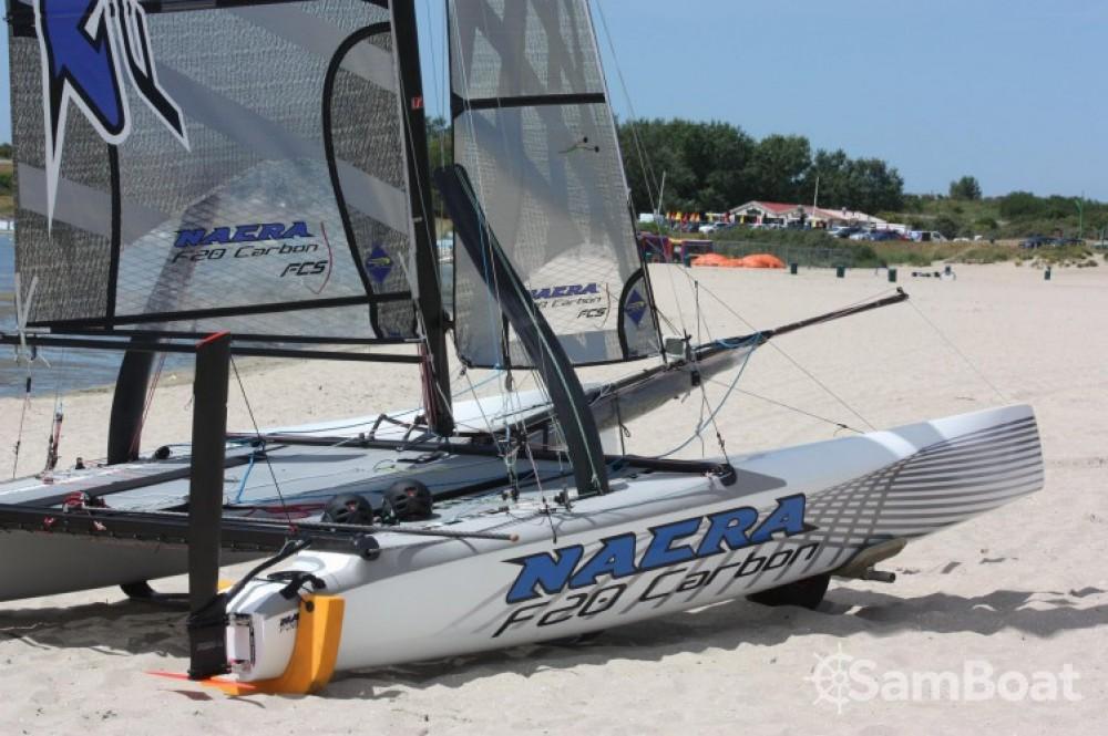 Bootverhuur La Grande-Motte goedkoop Nacra F20 FCS