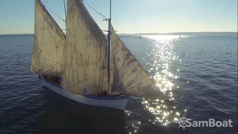 Verhuur Zeilboot Unique met vaarbewijs