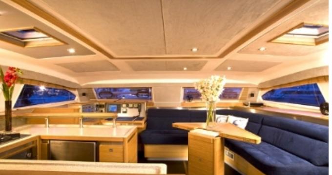 Bootverhuur Marigot goedkoop Catana 50 Ocean Class