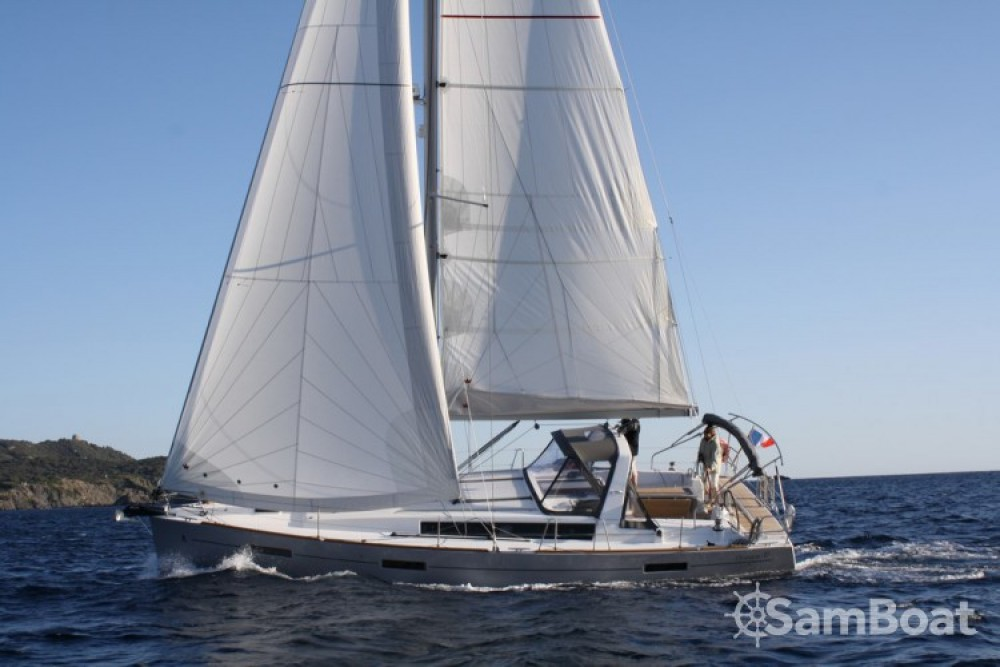 Bootverhuur Bénéteau Oceanis 41 in Toulon via SamBoat