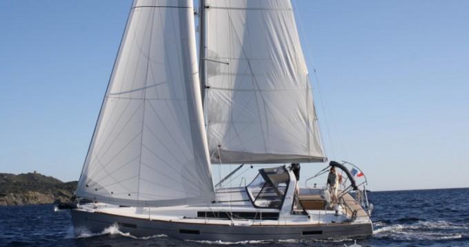 Huur Zeilboot met of zonder schipper Bénéteau in Toulon