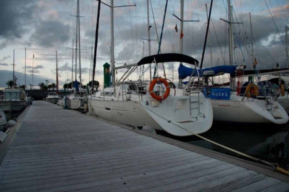 Bootverhuur Bénéteau Oceanis 373 in Hondarribia/Fontarrabie via SamBoat