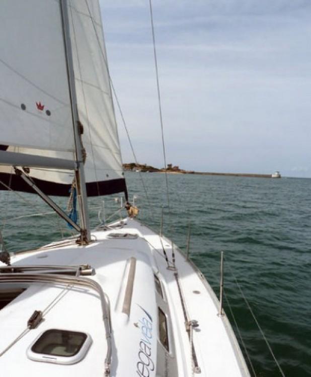 Bénéteau Oceanis 373 te huur van particulier of professional in Hondarribia/Fontarrabie