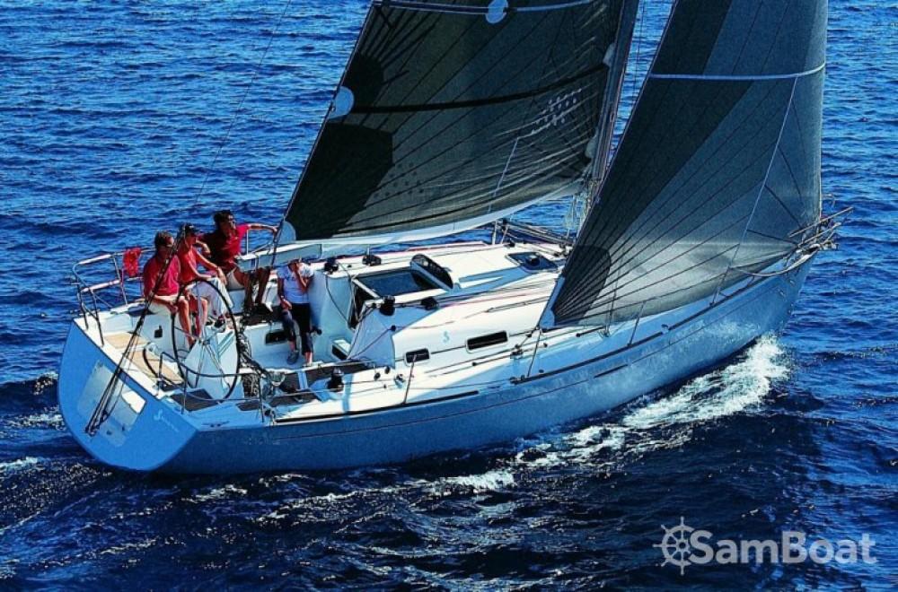 Verhuur Zeilboot in La Trinité-sur-Mer - Bénéteau First 36.7