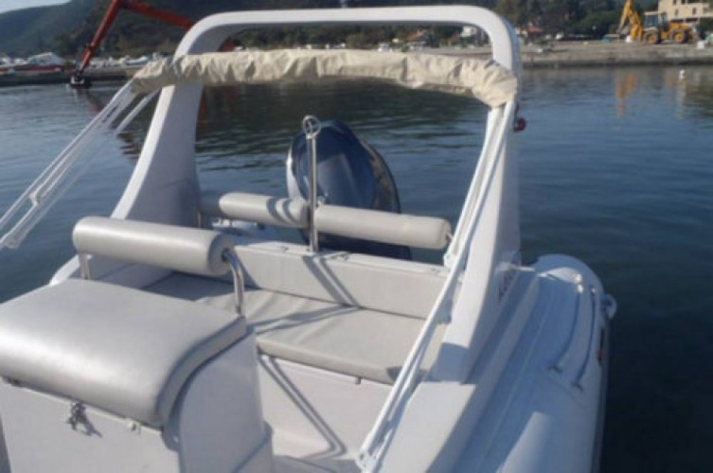 Verhuur Rubberboot in Saint-Florent - 3D Tender Family 580