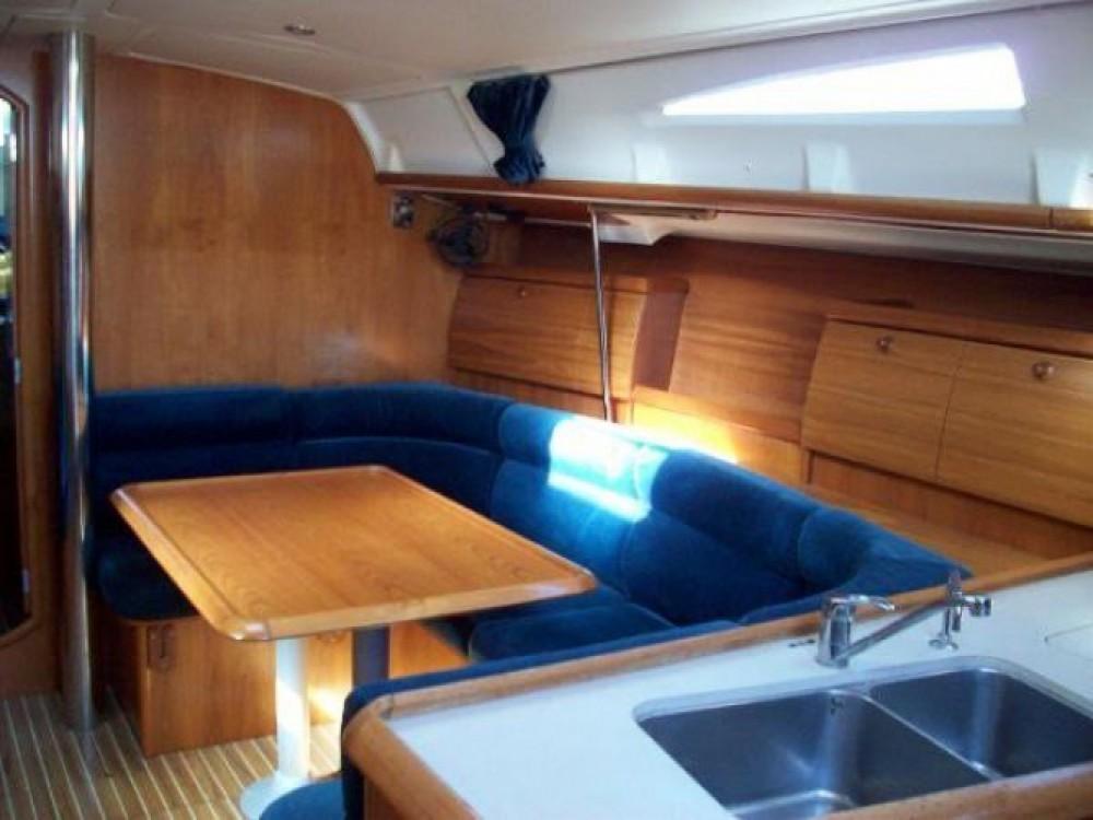 Bootverhuur Jeanneau Sun Odyssey 40 in Lisbonne via SamBoat