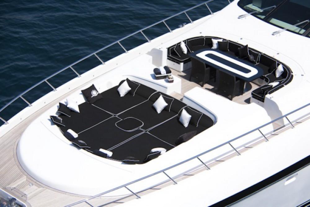 Huur Jacht met of zonder schipper Mangusta in Cannes