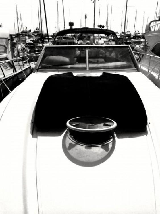 Jachthuur in Monaco - Princess Princess V40 via SamBoat