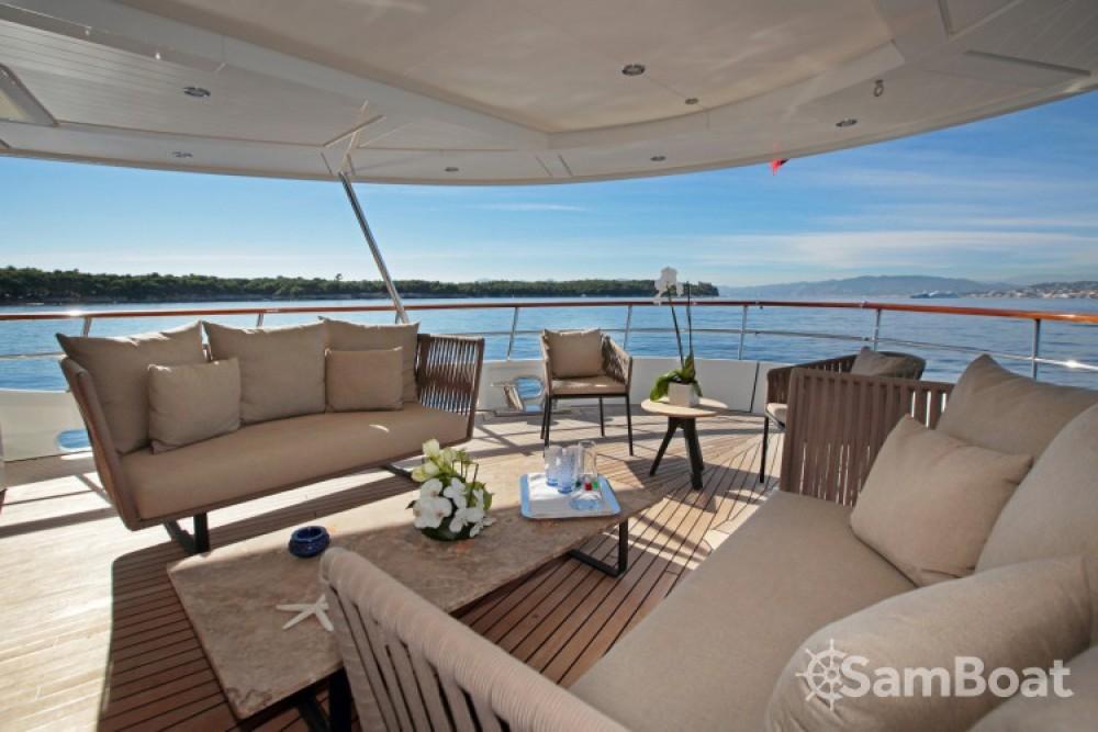 Bootverhuur Lynx-Yachts Lynx in Vallauris via SamBoat