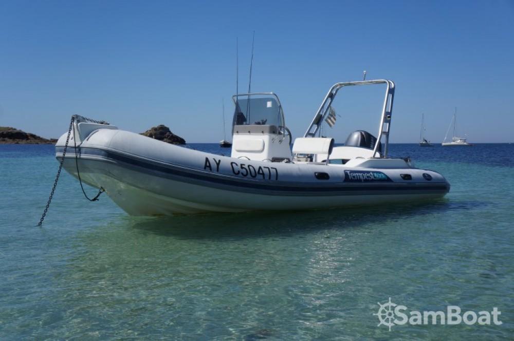 Huur Rubberboot met of zonder schipper Capelli in Arzon