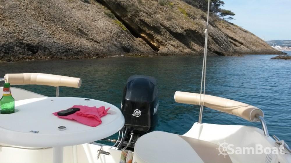 Huur Motorboot met of zonder schipper Quicksilver in La Ciotat