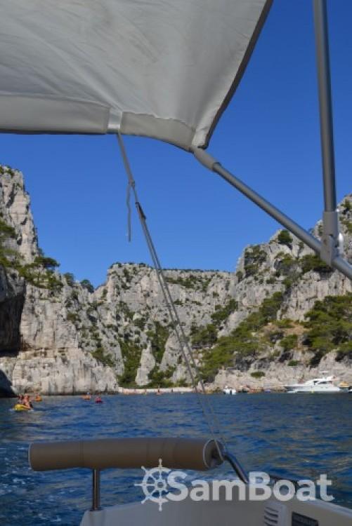 Jachthuur in La Ciotat - Quicksilver Activ 470 Cabin (permis bateau obligatoire) via SamBoat
