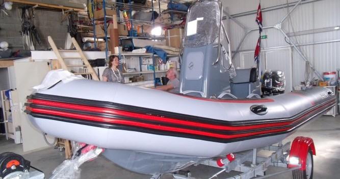 Verhuur Rubberboot in L'Île-d'Yeu - Zodiac PRO RACING 5.