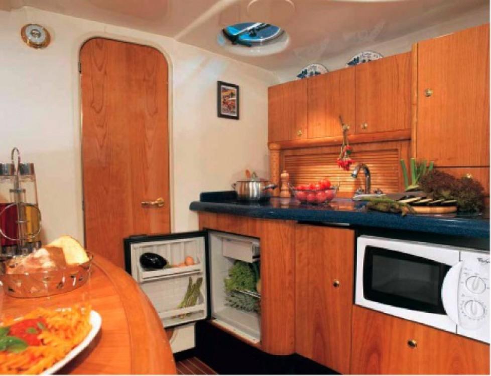 Jachthuur in Beaulieu-sur-Mer - Cranchi Zaffiro 34 via SamBoat