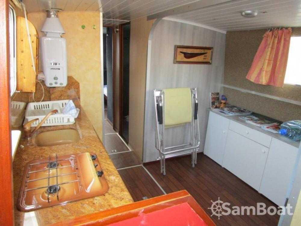 Huur Woonboot met of zonder schipper Socorel in