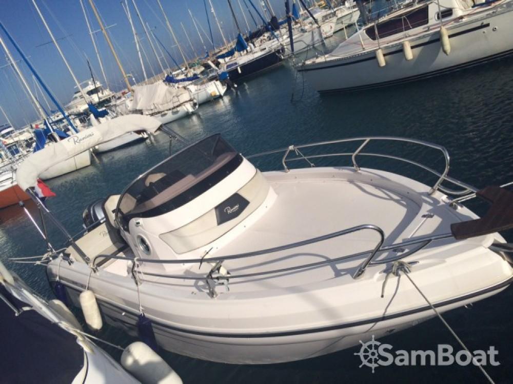 Verhuur Motorboot Ranieri met vaarbewijs