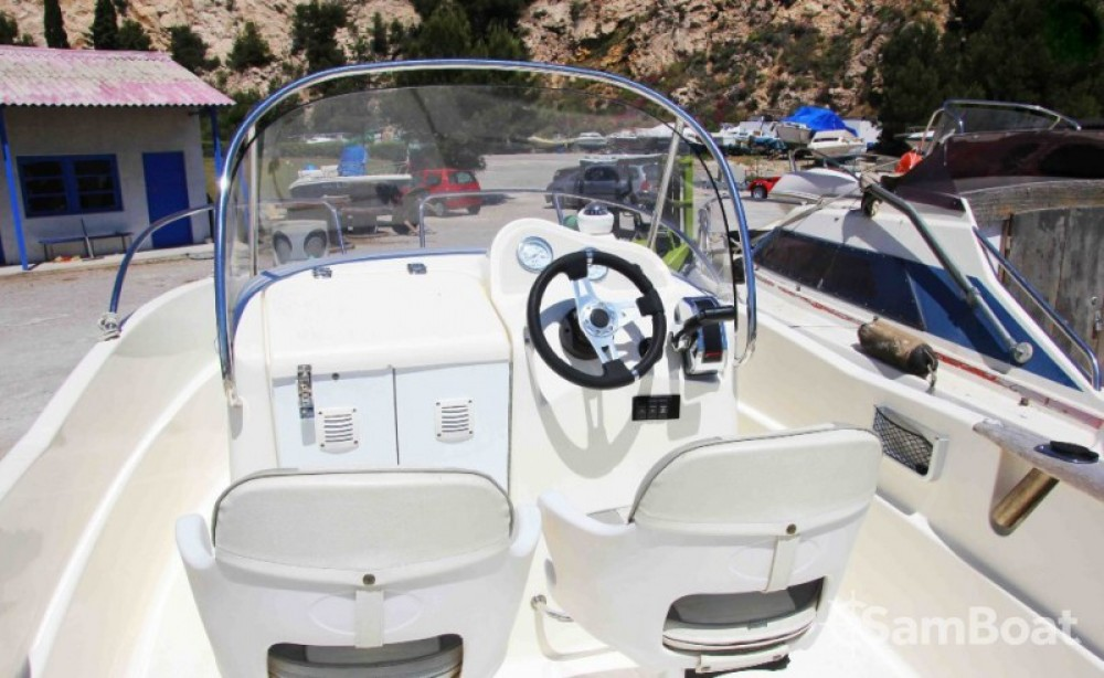 Jachthuur in Marseille - Quicksilver Quicksilver 525 Commander Open via SamBoat