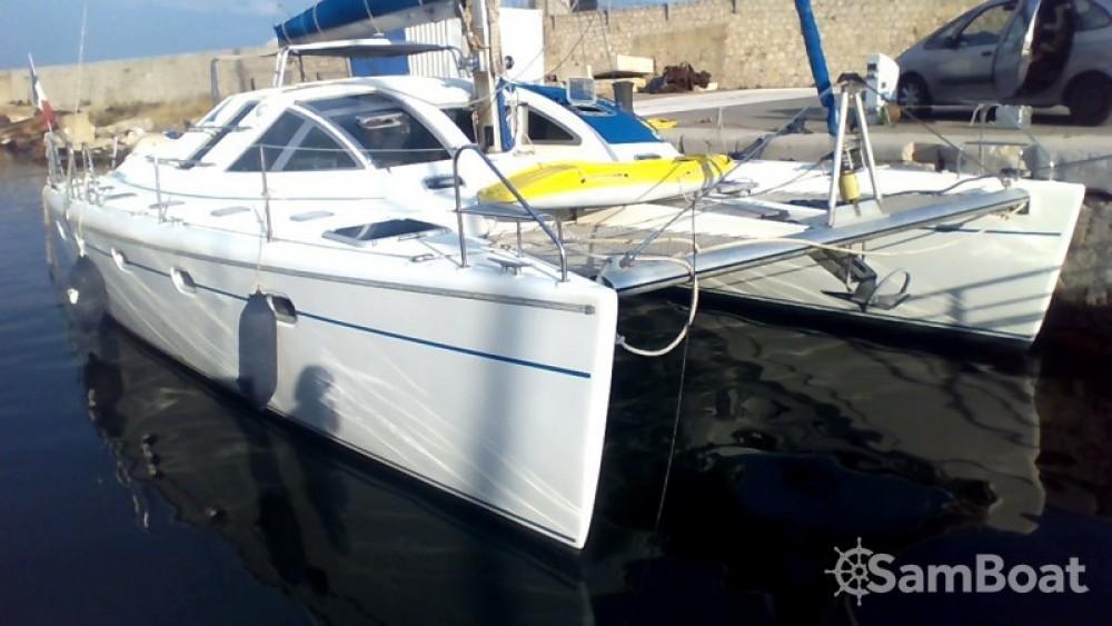 Catamaran te huur in Marseille voor de beste prijs
